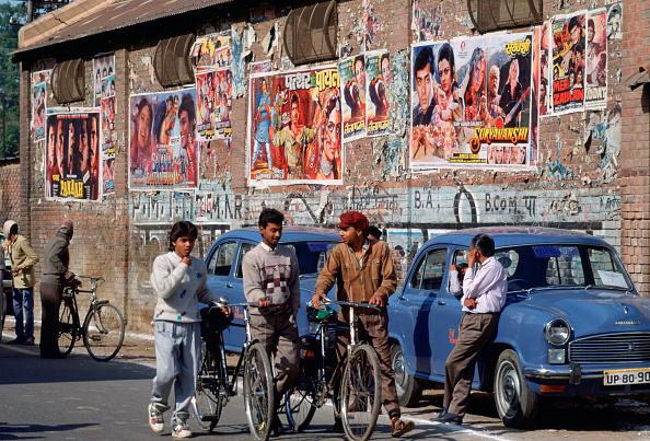 Bollywood「Bollywood Film Posters, India」:写真・画像(2)[壁紙.com]