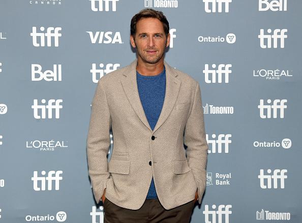 "Josh Lucas「2019 Toronto International Film Festival - ""Ford v Ferrari""  Press Conference」:写真・画像(2)[壁紙.com]"