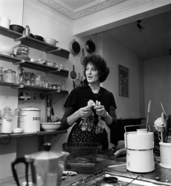 Kitchen「A Woman's Place ?」:写真・画像(12)[壁紙.com]