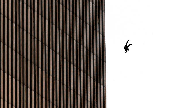 Hijacked Planes Hit World Trade Center:ニュース(壁紙.com)