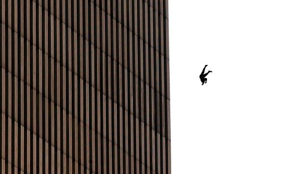 Men「Hijacked Planes Hit World Trade Center」:写真・画像(0)[壁紙.com]