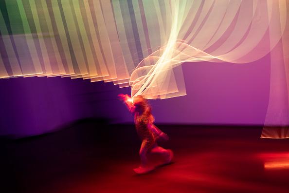 Dan Kitwood「People View Artworks On Show At The 2018 London Design Biennale」:写真・画像(4)[壁紙.com]