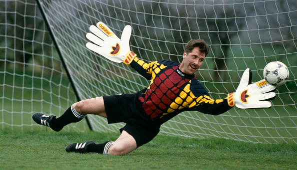Adidas「David Seaman Arsenal goalkeeper」:写真・画像(14)[壁紙.com]