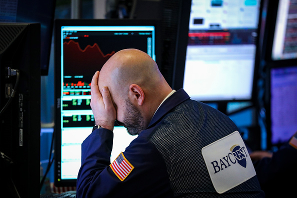 Stock Market and Exchange「Stocks Fall Sharply As IMF Issues Reduced Forecast For Economic Growth In 2019」:写真・画像(16)[壁紙.com]