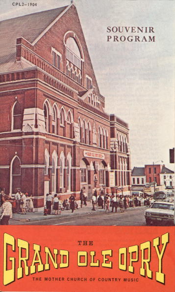 Ryman Auditorium「Souvenir Program From The Grand Ole Opry」:写真・画像(1)[壁紙.com]