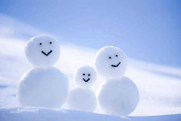 A Snowman Family:スマホ壁紙(壁紙.com)