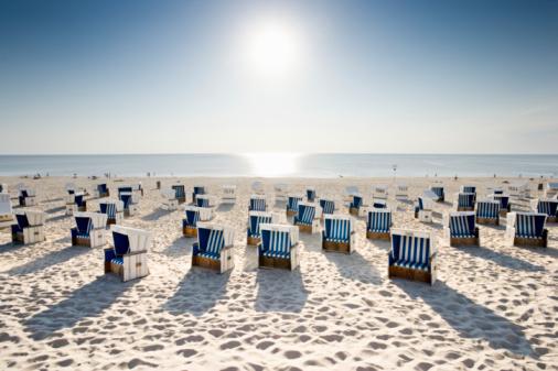 Germany「Wicker chairs on beach 」:スマホ壁紙(3)