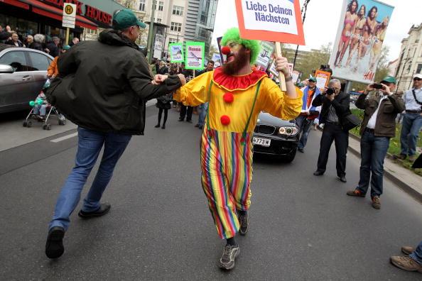 Minority Groups「Lag BaOmer Celebrations In Berlin」:写真・画像(8)[壁紙.com]
