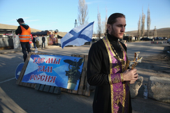 Russian Military「Concerns Grow In Ukraine Over Pro Russian Demonstrations In The Crimea Region」:写真・画像(13)[壁紙.com]