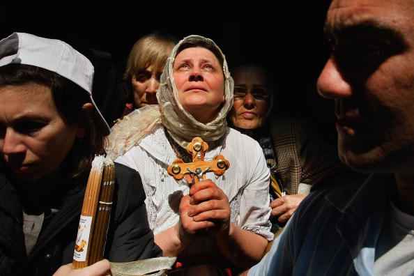 Express「Orthodox Christians Celebrate Holy Fire」:写真・画像(10)[壁紙.com]