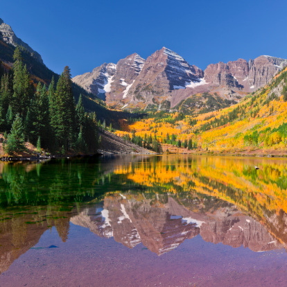 Maroon Bells「Maroon Bells Lake Reflection in Fall」:スマホ壁紙(11)