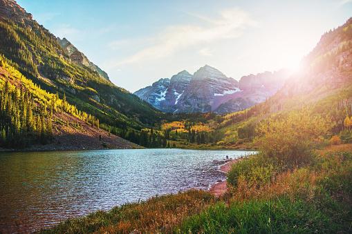 Maroon Bells「Maroon Bells and Lake at Sunset, Colorado, USA」:スマホ壁紙(12)