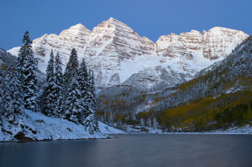Aspen Tree「Maroon Bells at Dawn」:スマホ壁紙(3)