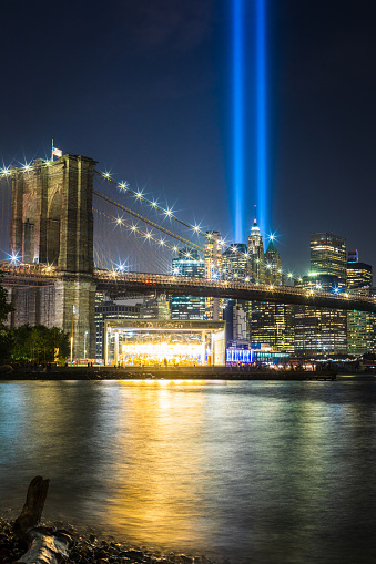 Wooden Post「9/11 Tribute in Light」:スマホ壁紙(19)