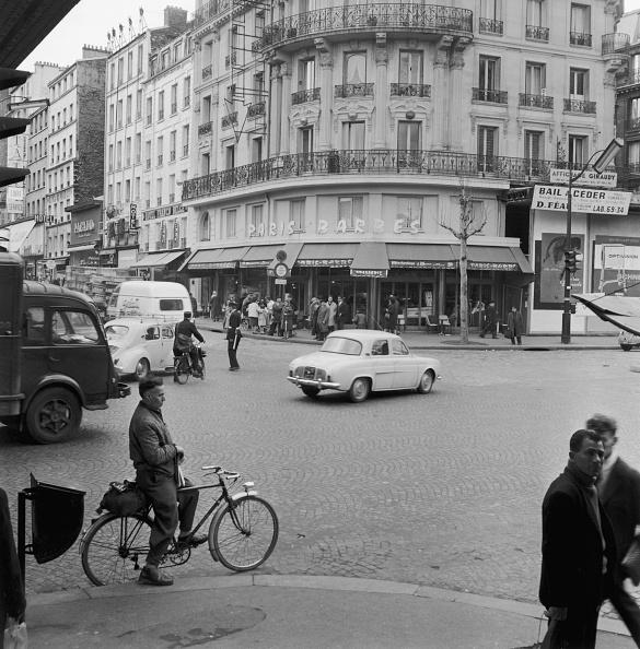 Corner「Parisian Street Scene」:写真・画像(2)[壁紙.com]