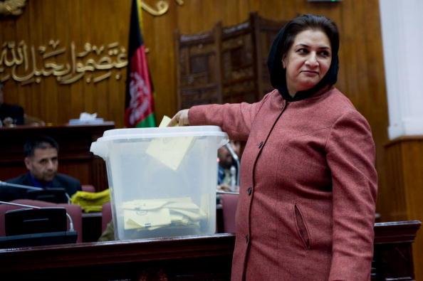 Kabul「Afghan Parliment Vote On Cabinet」:写真・画像(2)[壁紙.com]