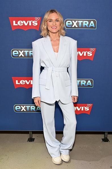 """Diane Kruger「Diane Kruger Visits """"Extra""""」:写真・画像(7)[壁紙.com]"""