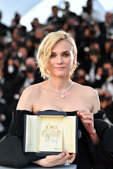 70th International Cannes Film Festival「Palme D'Or Winner Photocall - The 70th Annual Cannes Film Festival」:写真・画像(12)[壁紙.com]