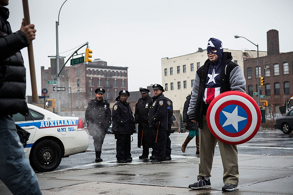 Strategy「Activists March In New York City To Protest Police Brutality」:写真・画像(10)[壁紙.com]
