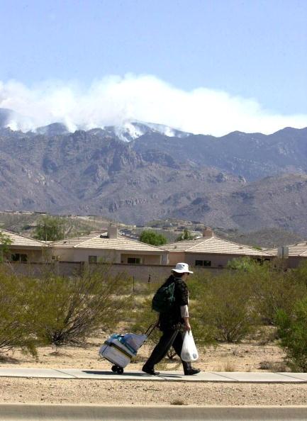 Norma Jean Gargasz「Wildfire Burns 250 Homes in Southern Arizona 」:写真・画像(4)[壁紙.com]