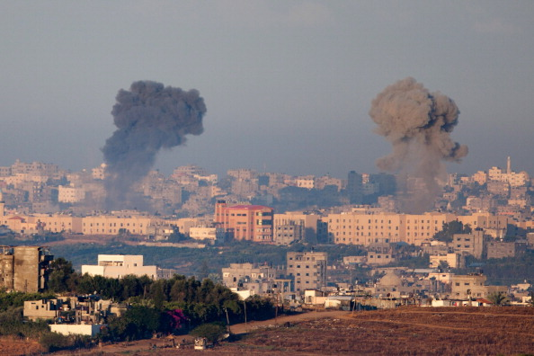 Air Attack「Israel Launches Airstrikes On Gaza」:写真・画像(18)[壁紙.com]