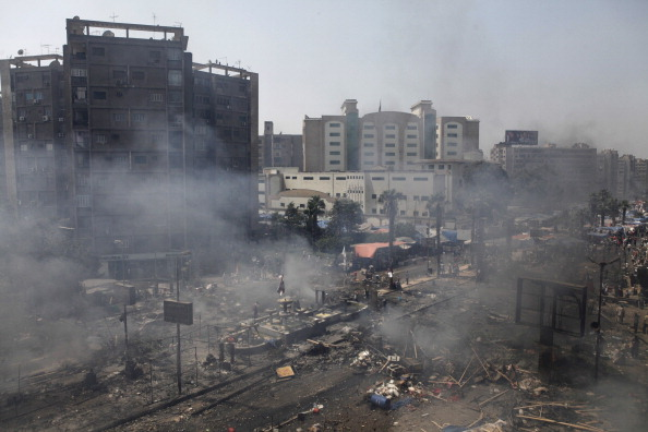 2013「Many Feared Dead As Egyptian Security Forces Clear Cairo Protest Camps」:写真・画像(9)[壁紙.com]