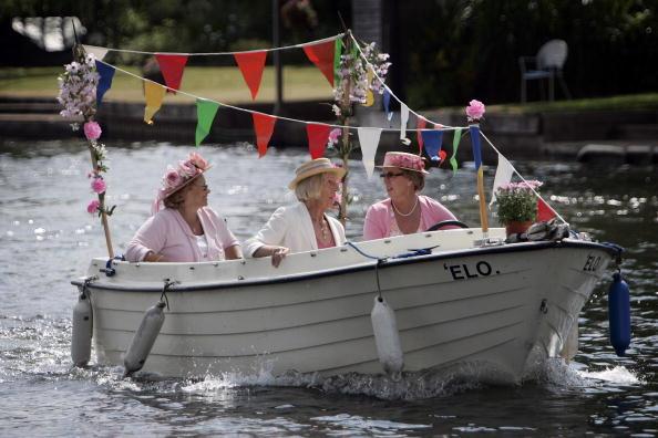 ヘンリーロイヤルレガッタ「Henley Royal Regatta 2006 - Day 1」:写真・画像(4)[壁紙.com]
