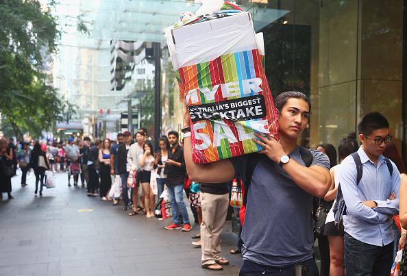 Zara - Brand-name「Crowds Flock To Boxing Sales」:写真・画像(4)[壁紙.com]