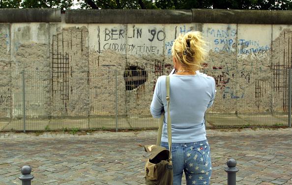 Cross Section「Berlin Wall Anniversary」:写真・画像(19)[壁紙.com]