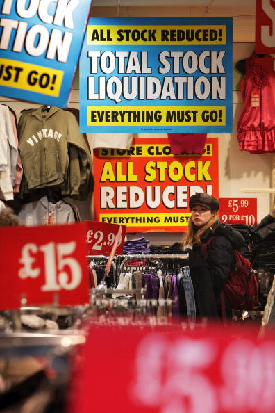 閉める「Government Announces That The UK Is Officially In Recession」:写真・画像(8)[壁紙.com]