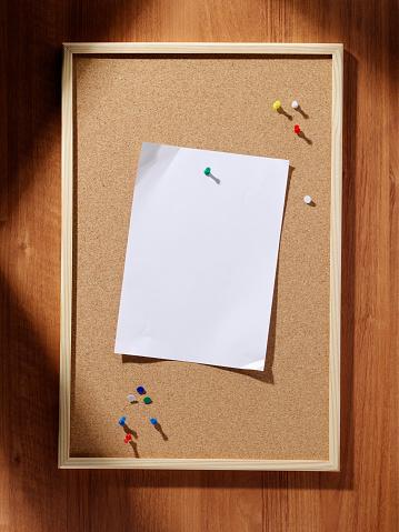 Bulletin Board「Cork Pin Board, Blank Paper」:スマホ壁紙(16)