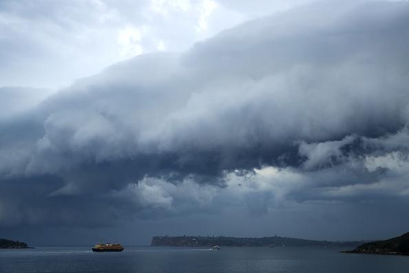 Passenger Craft「Severe Weather Front Approaches Sydney」:写真・画像(2)[壁紙.com]