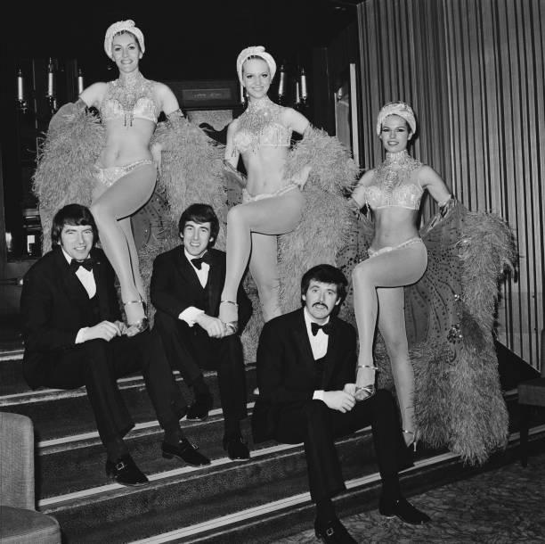 Formalwear「The Bachelors」:写真・画像(1)[壁紙.com]