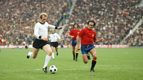 Bavaria「West Germany v Spain 1976 UEFA Euro Champs Quarter Final」:写真・画像(7)[壁紙.com]