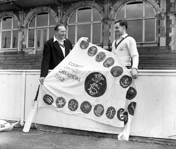 Surrey - England「Cricket Pennant」:写真・画像(12)[壁紙.com]
