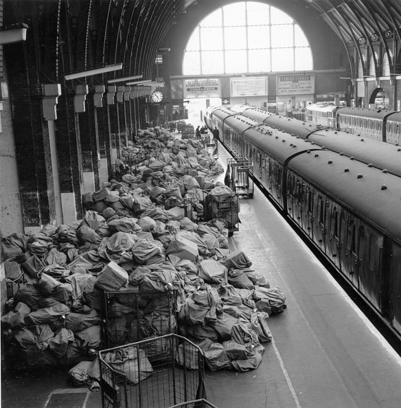 Large Group Of Objects「King's Cross Mail」:写真・画像(8)[壁紙.com]