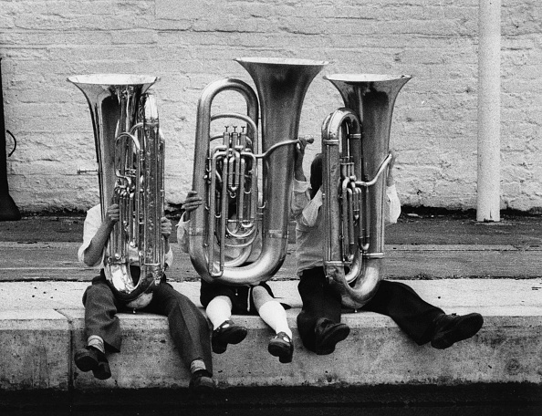 Musical instrument「Young Tuba Players」:写真・画像(4)[壁紙.com]