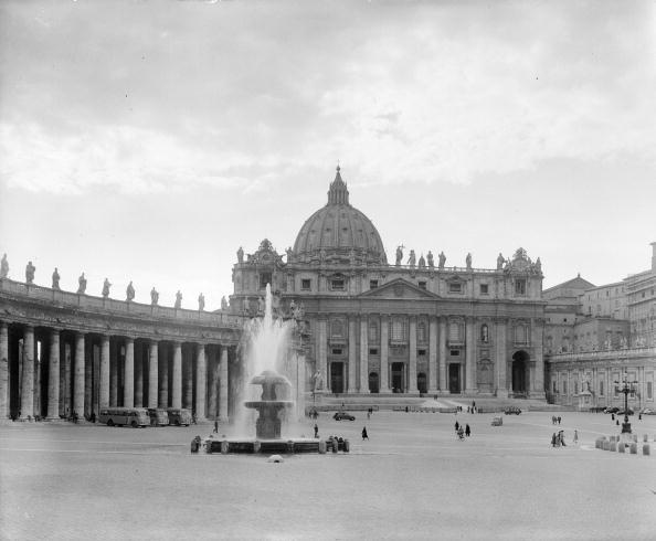 Fountain「Square In Rome」:写真・画像(9)[壁紙.com]