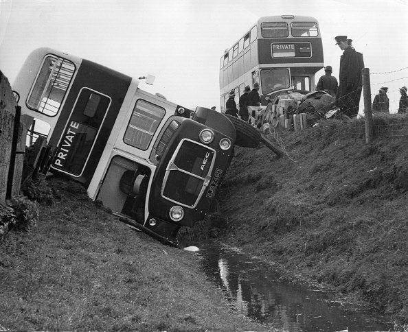 School Bus「Bus Crash」:写真・画像(17)[壁紙.com]