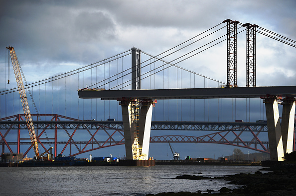 Bridge - Built Structure「Work Continues On The Queensferry Crossing Across The Firth Of Forth」:写真・画像(16)[壁紙.com]