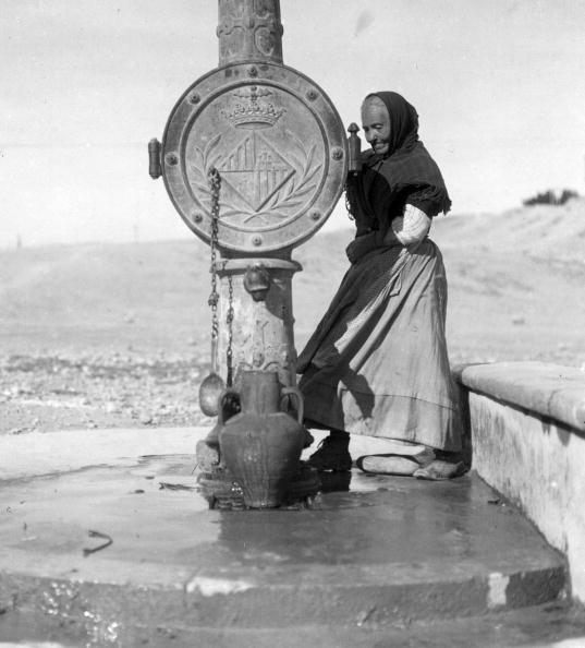 Fountain「Collecting Water」:写真・画像(8)[壁紙.com]