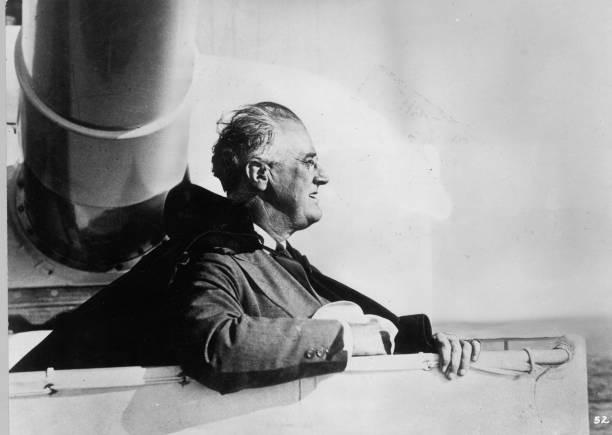Roosevelt At Sea:ニュース(壁紙.com)