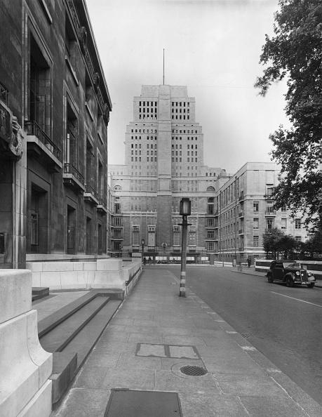Architectural Feature「London University」:写真・画像(10)[壁紙.com]