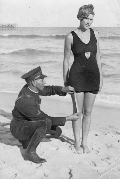 Swimwear「Measuring Up」:写真・画像(13)[壁紙.com]