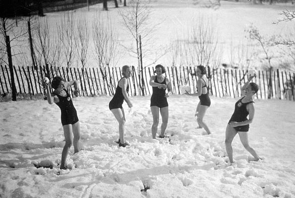Snowball「Snowballs In Swimwear」:写真・画像(10)[壁紙.com]