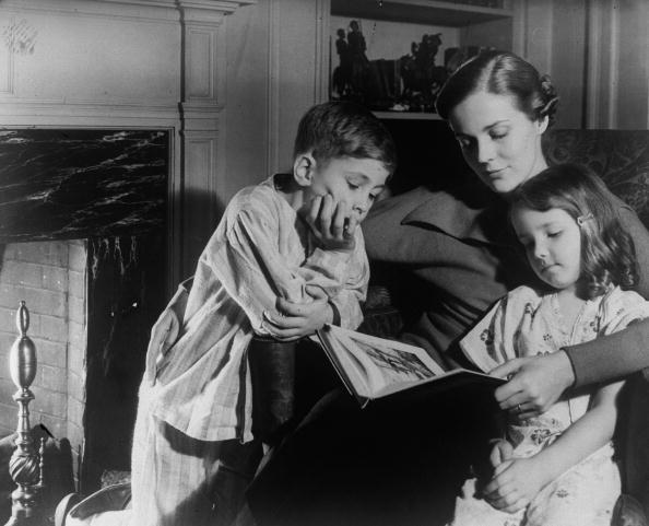 Parent「Bed Time Story」:写真・画像(15)[壁紙.com]