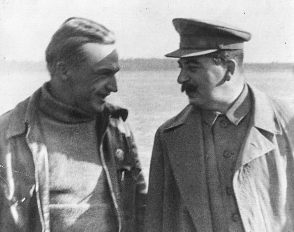 Victor Temin「Stalin And Chkalov」:写真・画像(3)[壁紙.com]