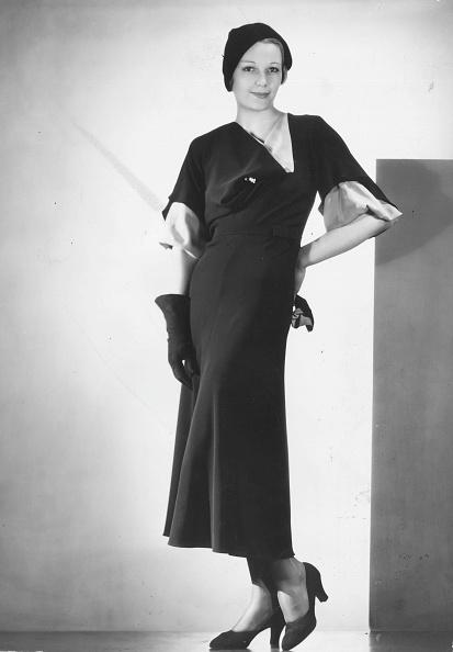 Cutting「Black Dress」:写真・画像(16)[壁紙.com]