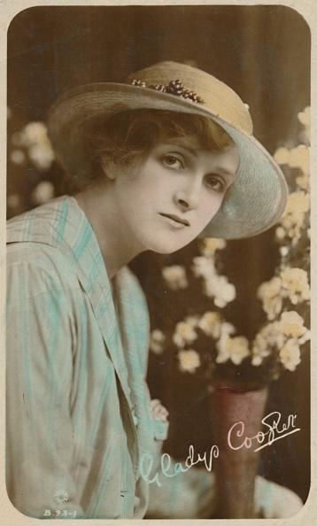 花瓶「Gladys Cooper」:写真・画像(16)[壁紙.com]