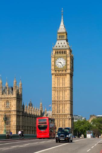 Double-Decker Bus「London, Big Ben and traffic on Westminster Bridge」:スマホ壁紙(18)